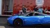 Cum pornești un Pagani Huayra rămas fără baterie? Salvarea vine de la un BMW X6M (VIDEO)