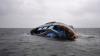 Naufragiu în Marea Mediterană: Sute de imigranţi au ajuns în apele reci după ce ambarcațiunea a cedat