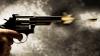ATAC ARMAT în faţa unui tribunal! Un deţinut a împuşcat la întâmplare în mulţime, omorând mai multe persoane