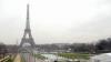 Omagiu adus victimelor de la Orlando. Celebrul Turn Eiffel va fi iluminat în culorile drapelului american