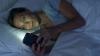 Medicii AVERTIZEAZĂ! Folosirea smartphone-ului în întuneric poate provoca ORBIRE PARŢIALĂ