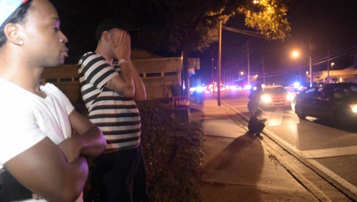 În Orlando a fost decretată STARE DE URGENŢĂ în urma MASACRULUI, soldat cu 50 de morţi