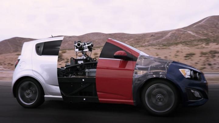 PUŢINI ŞTIU ASTA! Cum sunt filmate reclamele cu maşini (VIDEO)