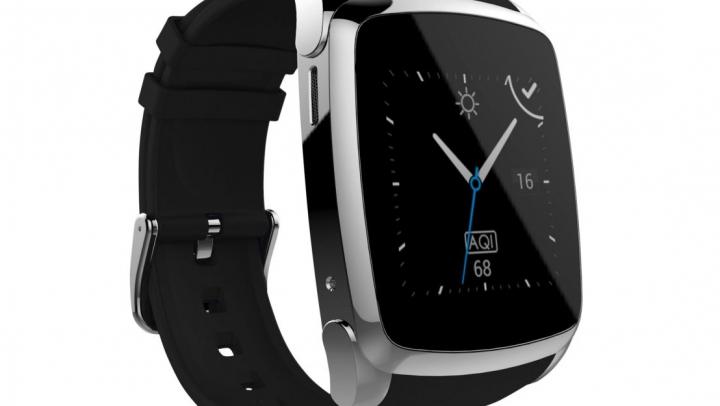 Smartwatch-ul Evolio X-Watch Pro, disponibil în două culori, vrea să te transforme în spion
