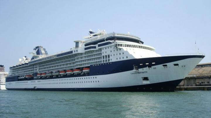 (VIDEO) MOMENTUL când un vas de croazieră loveşte un chei. SUMA REPARAŢIEI COSTISITOARE