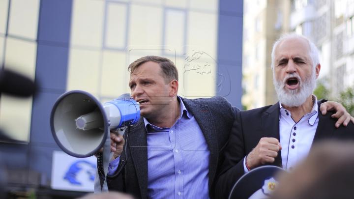 """INVESTIGAȚIE! Mama lui Andrei Năstase """"a împrumutat"""" peste un milion de lei firmei lui Victor Țopa"""