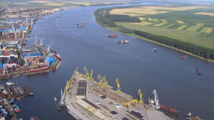Miniştri europeni au semnat proiectul de reabilitarea a infrastructurii de căi navigabile pe Dunăre