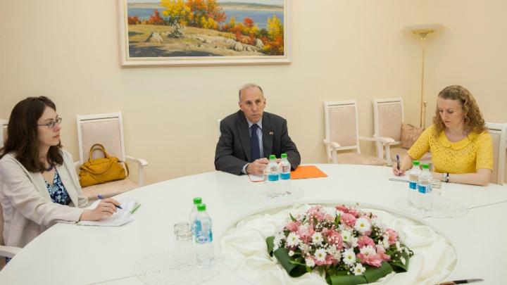 SUA sunt mulțumite de ritmul reformelor din Moldova și-l felicită pe Pavel Filip cu aceasta ocazie (FOTO)