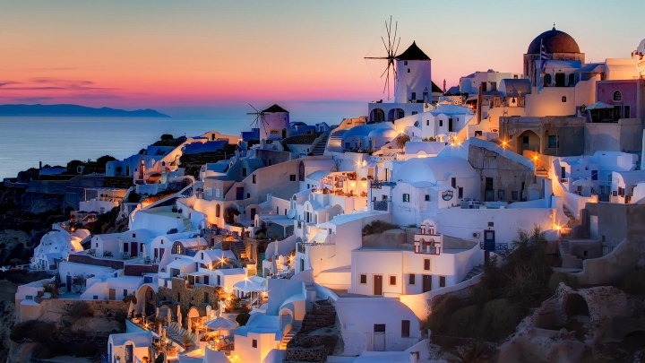 SUMĂ EXORBITANTĂ! Câţi bani va investi Grecia în reclame pentru a atrage turişti