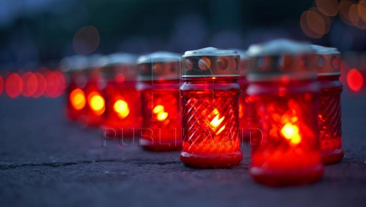 ZI DE DOLIU ÎN MOLDOVA în memoria victimelor CATASTROFEI AVIATICE din Cantemir (VIDEO/FOTO)