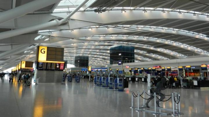 Uimitor! Cazul amuzant surprins într-un aeroport din Anglia