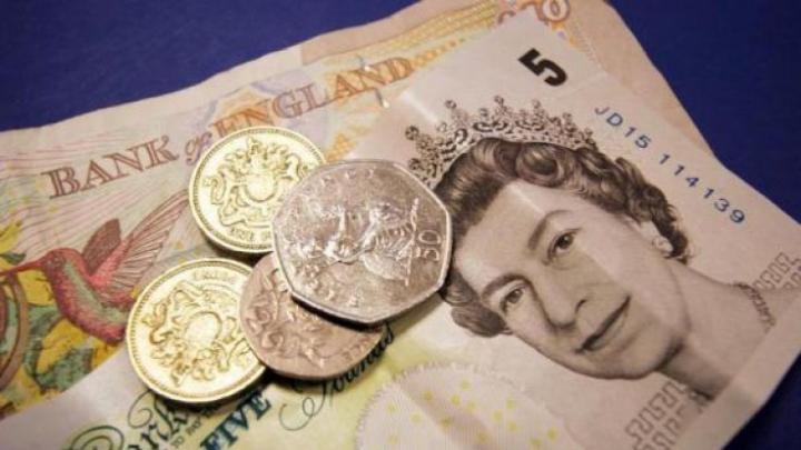 Referendum în Marea Britanie: Lira sterlină își pierde din valoare simțitor
