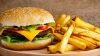 """Oamenii de știință au creat suplimentul care """"vindecă"""" apetitul pentru mâncare nesănătoasă (VIDEO)"""