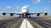 NO COMMENT: Cum este vopsit cel mai mare avion de pasageri din lume