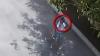 Dacă recunoașteți bărbatul din imagini sunați la Poliție. Ce a făcut pe o stradă din Capitală (VIDEO)