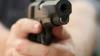 L-a salvat de la MOARTE SIGURĂ! Ce telefon mobil a reuşit să oprească un glonţ (FOTO)