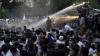 Protestele în Armenia continuă. Patru poliţişti sunt ţinuţi ostatici de aproape o lună