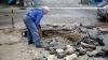 Sectorul Buiucani, ÎMPUȚIT! Sute de litri de mizerie s-au scurs dintr-o reţea de canalizare (VIDEO)