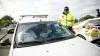 Operațiune specială! Zeci de taximetriști au rămas fără plăcuţele de înmatriculare (FOTOREPORT)