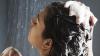 Cum să te speli pe cap corect. Sfaturi utile pentru sănătatea scalpului