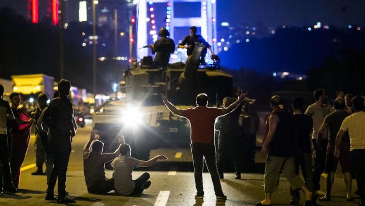 Turcia: Mai mulți militari și polițiști s-au sinucis după lovitura de stat eșuată