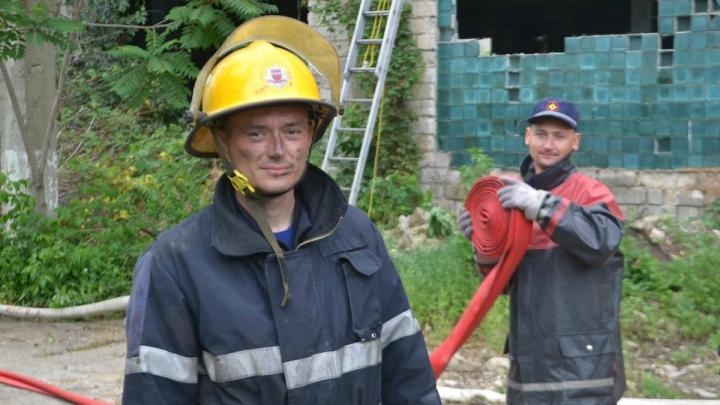 INCENDIU DE PROPORŢII la Bălți! FOTO/VIDEO din timpul intervenţiei pompierilor