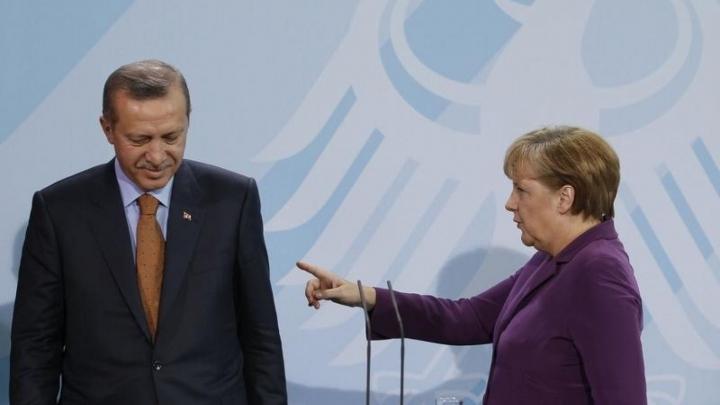 Germania AVERTIZEAZĂ: Ce riscă Erdogan dacă introduce pedeapsa cu moartea