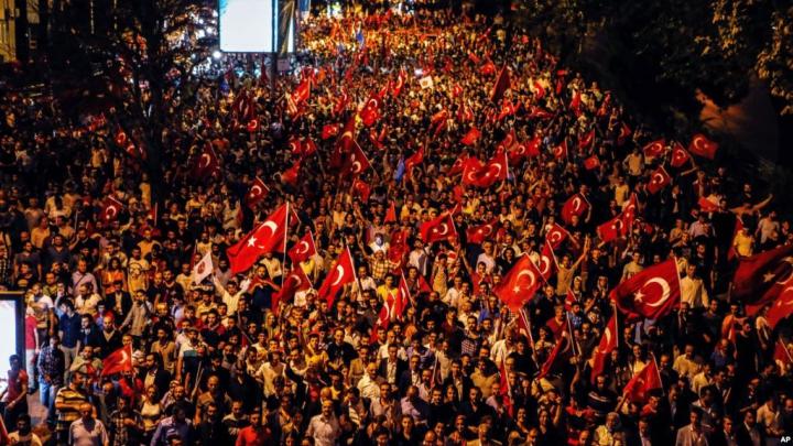 Reportaj EXCLUSIV Canal3 filmat în timpul mitigurilor din Istanbul (VIDEO)