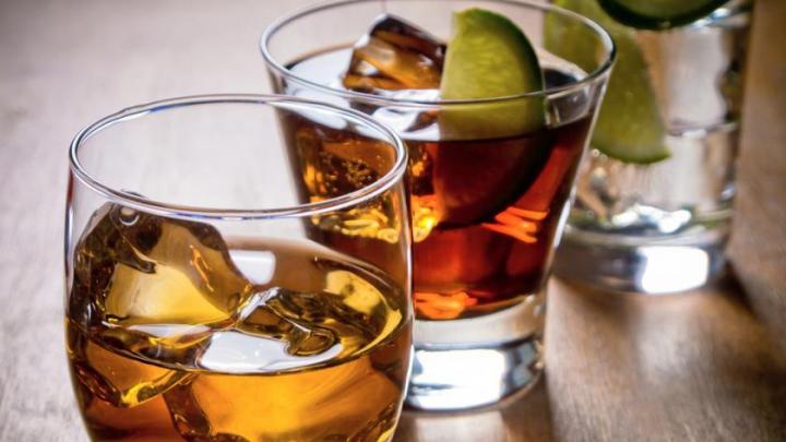 DE ŞTIUT! Care este legătura de cauzalitate dintre alcool și cancer