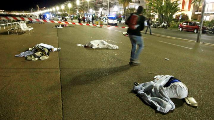 IMAGINILE TERORII de la Nisa: MOMENTELE DE GROAZĂ prin care au trecut sute de oameni (FOTO)