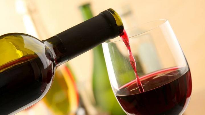 STUDIU: Ce efect are consumul de alcool asupra sănătăţii