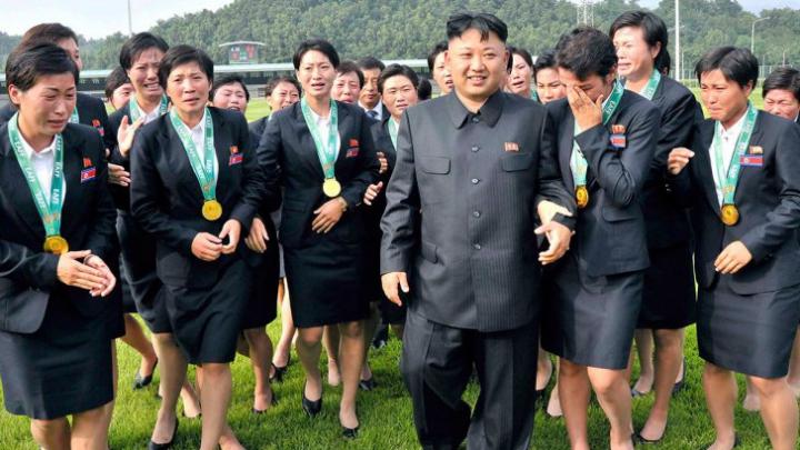 """Dezvăluiri INCREDIBILE din """"Palatul Plăcerilor"""" din Coreea de Nord"""