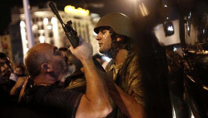 IPOTEZĂ HALUCINANTĂ! Care ar fi fost ADEVĂRATUL SCOP al loviturii de stat din Turcia