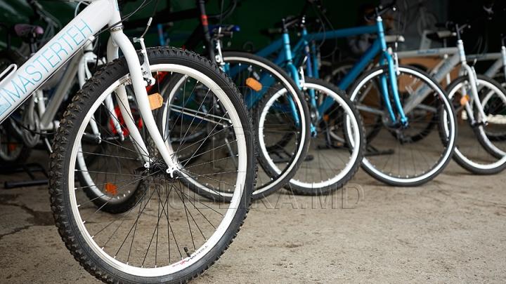 EVENIMENT INEDIT! În Capitală a avut loc primul Campionat Naţional de mountain-biking