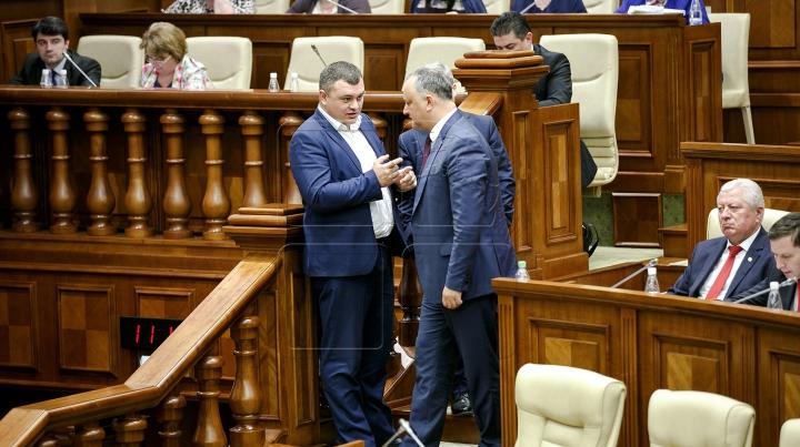 """PLDM-iștii recunosc că au guvernat incompetent țara, iar """"pro-românii"""" Pistrinciuc, Ciobanu și Deliu au semnat pentru intensificarea relațiilor cu Rusia"""
