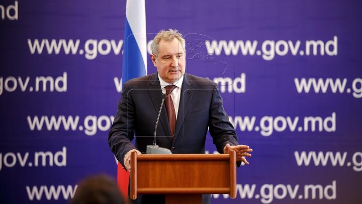 """SMS pentru Dmitrii Rogozin. """"MESAJUL STRANIU"""" primit de vicepremierul rus la Chişinău"""