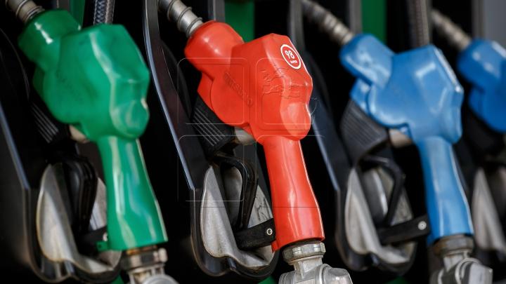 Veste bună pentru șoferi! De astăzi benzina și motorina s-au ieftinit
