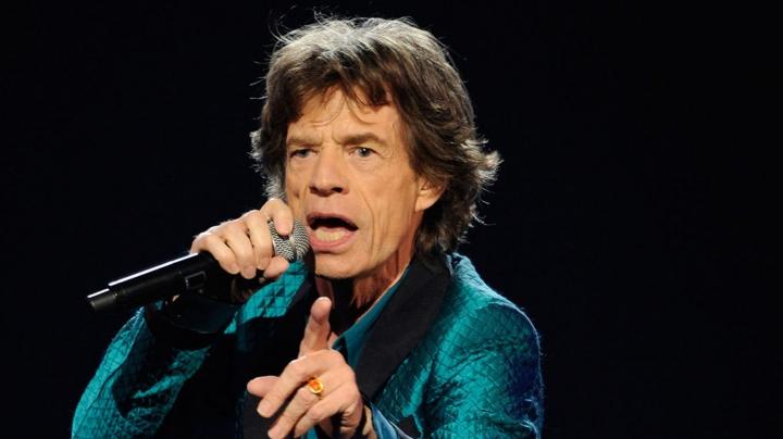 La vârsta de 72 de ani, Mick Jagger va deveni tată pentru a opta oară
