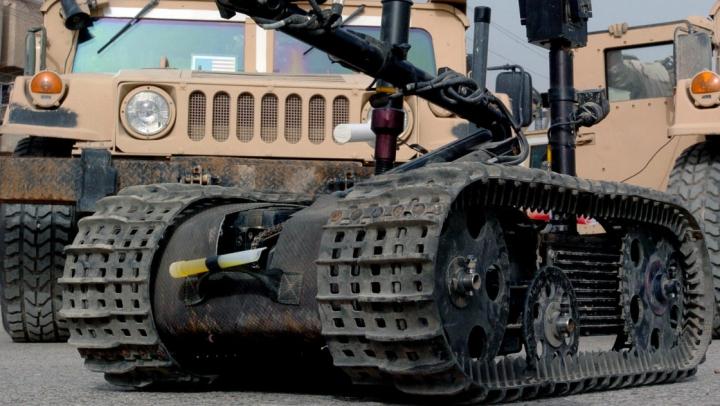 Polițiștii americani au folosit un robot pentru a ucide infractorul din Dallas