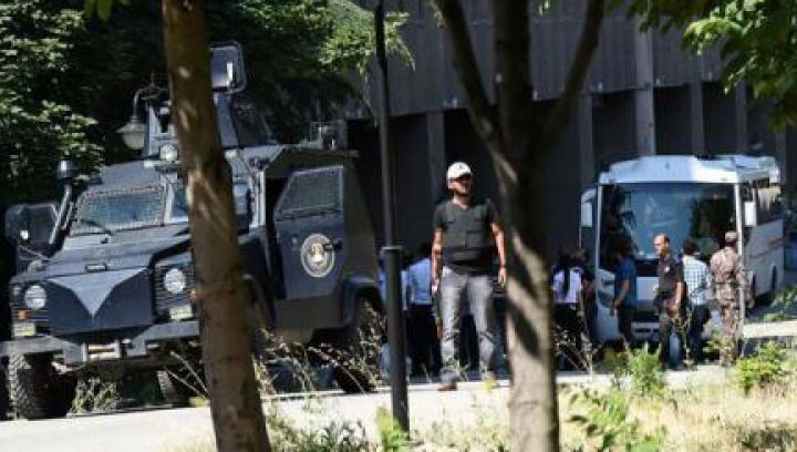 Doi membri ai Curții Constituționale, arestați în urma tentativei de lovitură de stat din Turcia