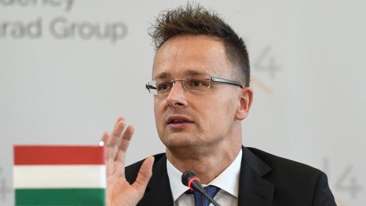Ministrul de externe ungar: Controalele la graniță introduse de Austria sunt nejustificate