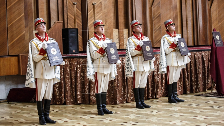 ARTICOL NOU în Constituţia Republicii Moldova. Propunerea preşedintelui ţării, Nicolae Timofti