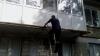 Un bărbat din Hânceşti, SALVAT DE LA MOARTE, după ce a rămas blocat în apartament (FOTO)