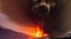 Aruncă în aer nori de cenușă! Erupția unor vulcani a perturbat traficul aerian în Indonezia