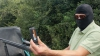 Românii care apar în reportajul Sky News, puși sub urmărire penală