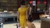 IMAGINI REVOLTĂTOARE: O femeie și-a adus fiica complet dezbrăcată la cumpărături (FOTO)