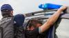 ASCUNS ÎNTR-UN LAN CU FLOAREA-SOARELUI! Cum a fost prins un tânăr bănuit de comiterea unui omor