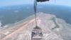 NO COMMENT: Americanii ne arată cum aruncă Humvee-urile din avion (VIDEO)