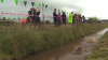 PUBLIKA WORLD. În Ţara Galilor a avut loc una dintre cele mai CIUDATE competiţii sportive (VIDEO)