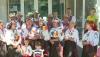 Echipa Publika TV a arborat tricolorul la sediul primăriei din satul Grimăncăuţi